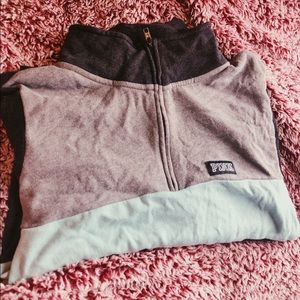 Grey and teal PINK sweatshirt ❄️❄️❄️